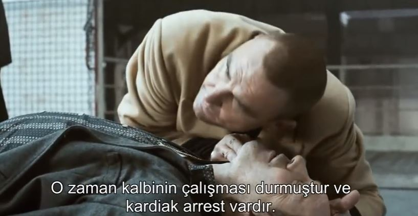 Vinnie Jones' hard and fast Hands only CPR (Turkish)