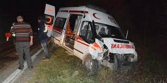 Sinop'ta Ambulans Kazası