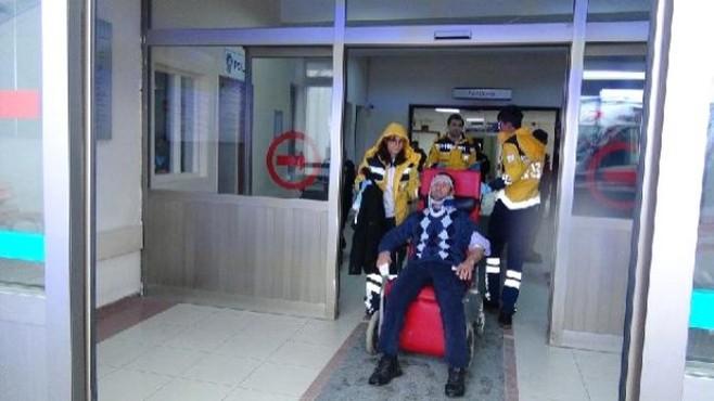 Çorum'da Hasta Taşıyan Ambulans Kaza Yaptı: 3 Yaralı