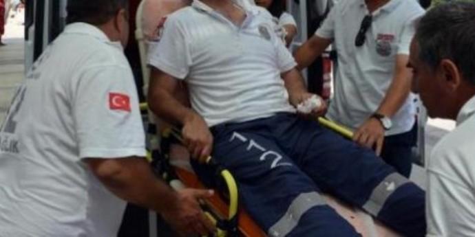 Ambulans Şoförünü Darp Ettiler