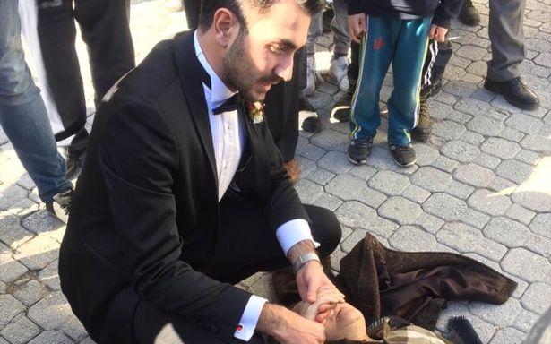 ATT düğününü bıraktı nöbet geçiren hastaya müdahale etti