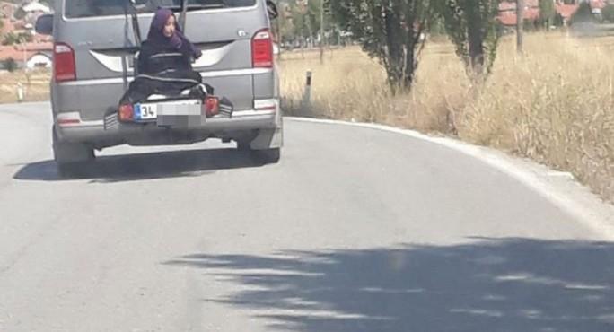 Çocuğu aracın arkasına bağlayan baba gözaltında!