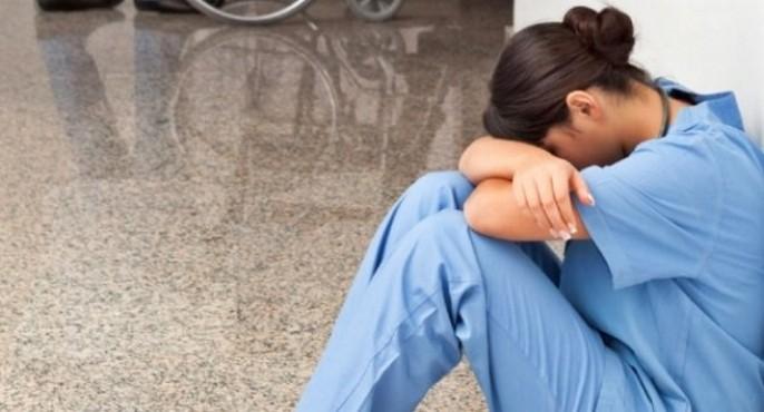 Öğretmenden kadın doktora öldüresiye darp