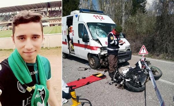 Denizli'de seçmen taşıyan ambulans kaza yaptı: 1 ölü