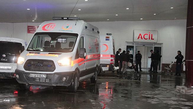Polisleri taşıyan araç kaza yaptı: 18 yaralı