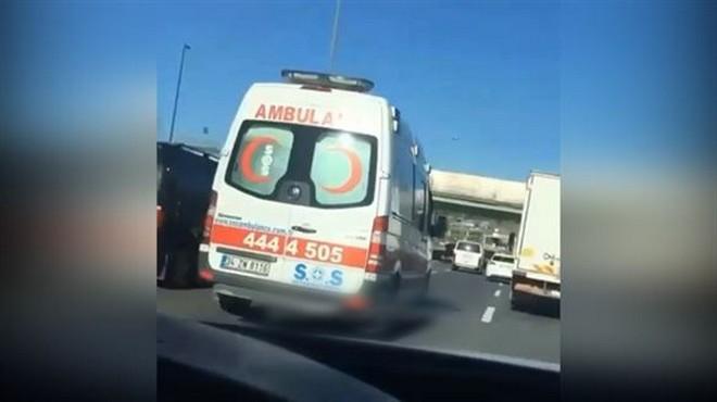 E-5 Karayolu'nda trafik magandası ambulansa böyle makas attı