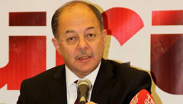 Sağlık Bakanı: Doktorları özel sektörde çalışan eşinin yanına göndermeyeceğiz