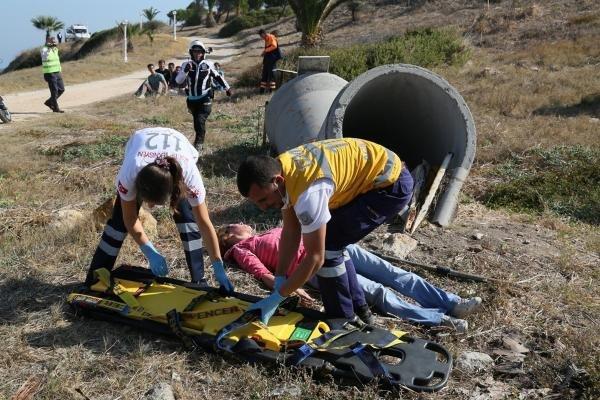 İzmir Urla'da Havadan ve Karadan Kurtarma Tatbikatı
