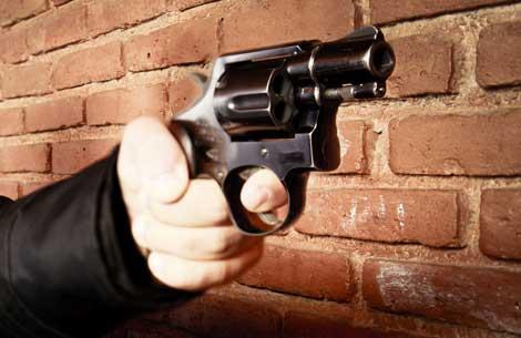 Doktora silahlı saldırı