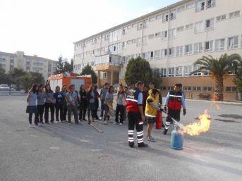 Söke'de Acil Tıp Teknisyeni Adaylarına Uygulamalı Yangın Eğitimi