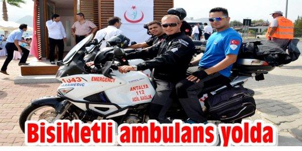 Bisikletli ambulans yolda