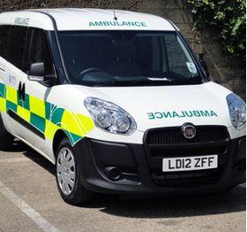 Bursalı Fiat Doblo, İngiltere'de Ambulans Oldu!