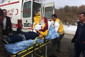 Ambulans Minibüse çaptı,3 Yaralı