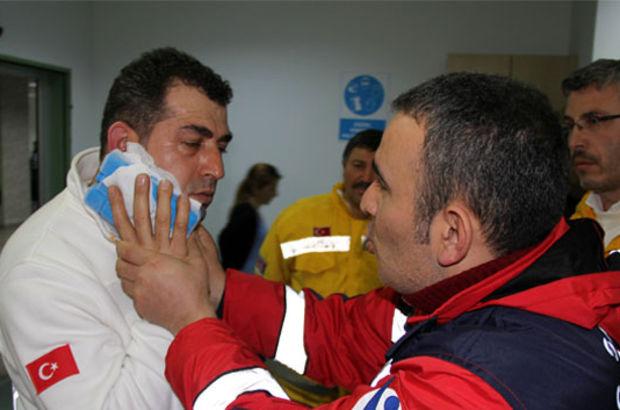 Doktoru bıçakladı,Ambulans Sürücüsünün Yüzünü Isırdı