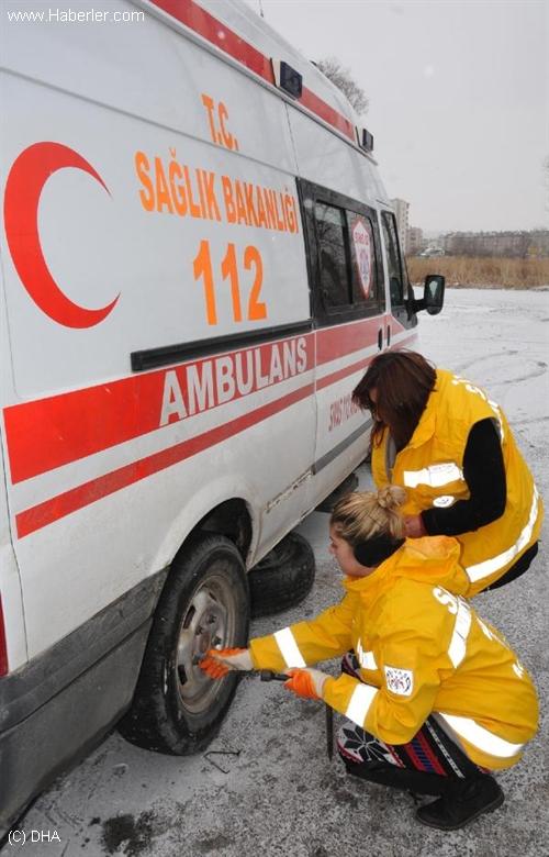 Sivas'ta 112 Acil Servis Çalışanlarına Kış Eğitimi