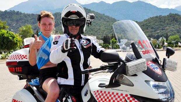 Motosikletli 112 Acil kampa girdi