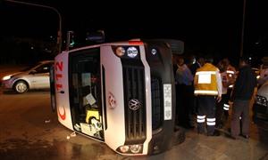 Ankara 112 Ambulansı Otomobille Çarpıştı
