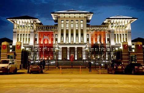 Cumhurbaşkanlığı Sarayı'na 5 kişilik 'Acil Tıp Ekibi' kuruldu