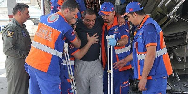Yaralı 7 Filistinli dönüyor