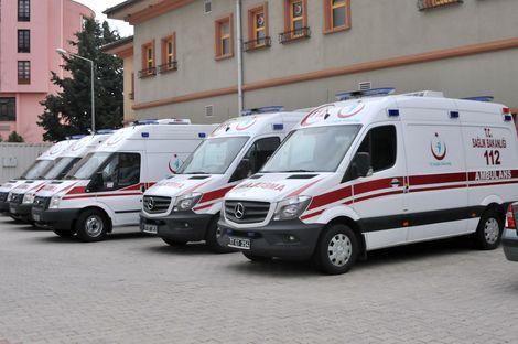 798 yeni ambulans hizmete sunulacak