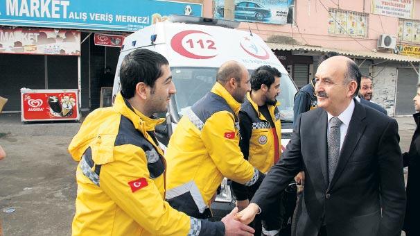 Müezzinoğlu, 112 Acil ekiplerini ziyaret etti