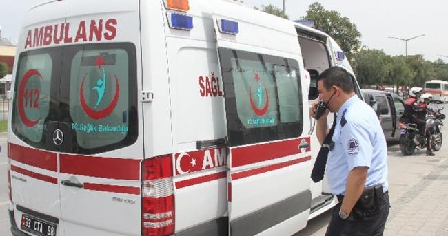 Polisten kaçmak için ambulans çağırdılar