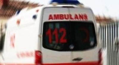 Ambulans kaza yaptı, 3 sağlık görevlisi yaralandı