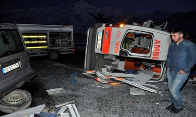 Ambulans Kaza Yaptı,ATT Şehit Oldu!