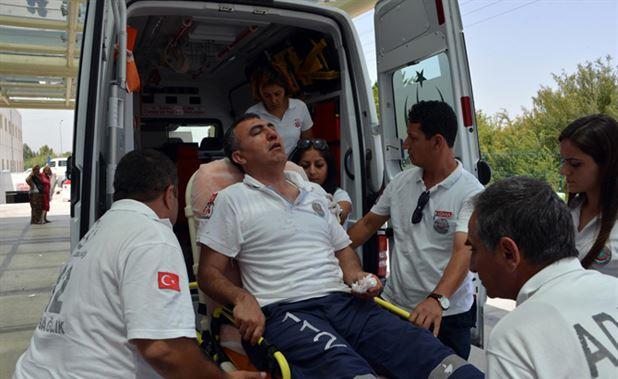 Ambulans şoförünü hastanelik ettiler