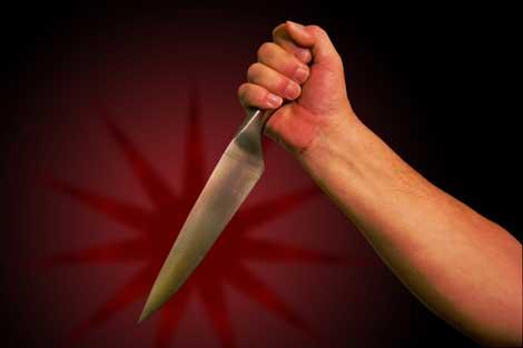 Genel cerraha bıçaklı saldırı