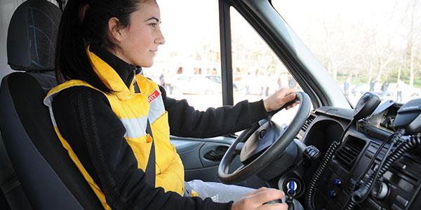 112'nin usta kadın Sürücüleri