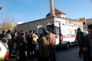 Ambulans Şoförü Kalp Krizi Geçirerek Hayatını Kaybetti