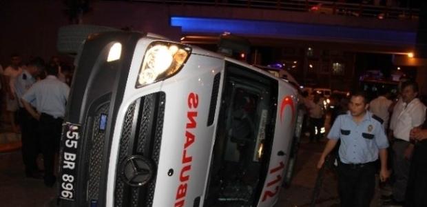 Samsun'da ambulans kazası: 4 yaralı