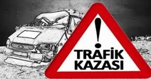 Digor'da Ambulans İle Kamyonet Çarpıştı: 6 Yaralı