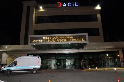 Diyarbakır'da sağlık çalışanları darp edildi,3 Personel Yaralı
