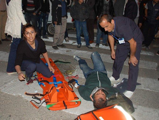 ATT,Ambulans Gelene Kadar Bekledi
