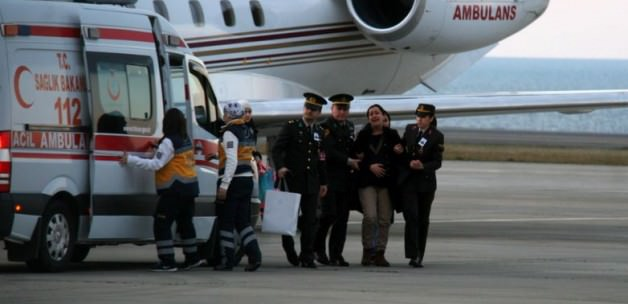 Şehidin eşi ambulans uçakla getirildi