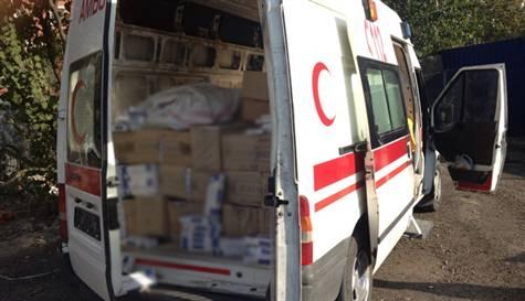 Ambulans görünümlü araçla kaçak sigara sevkiyatı
