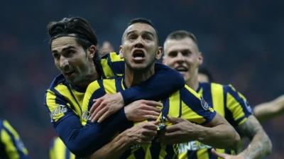 Galatasaray oynadı, Fenerbahçe kazandı