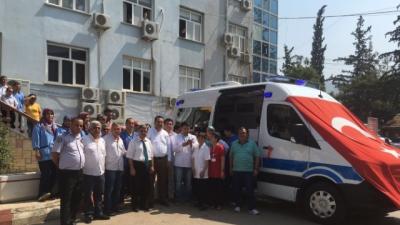 Genç Yaşta Kaybettiği Oğlu İçin Ambulans Bağışladı