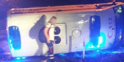 Hasta taşıyan Ambulans Devrildi: 6 yaralı