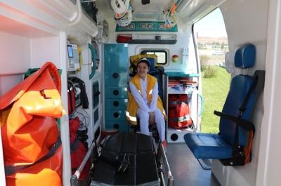 İkbal'in ambulansla gezme hayali gerçek oldu