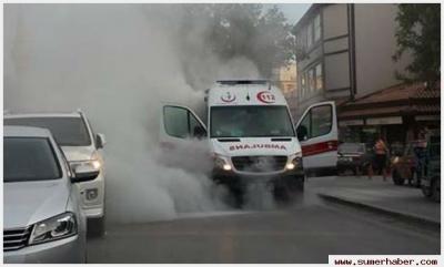 Konya'da Hasta Taşıyan Ambulansta Yangın Çıktı