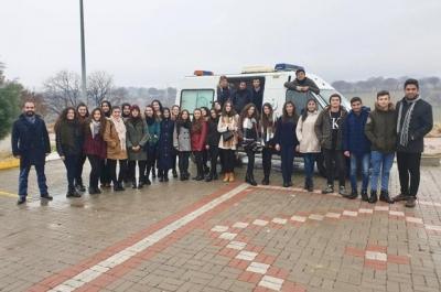 Paramedik Öğrencilerine Tam Donanımlı Ambulans