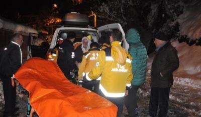 Sağlık ekipleri kalp kirizi geçiren hastaya paletli ambulans ile ulaştı