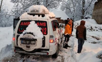 Sağlık Ekipleri Kar Engeli Tanımıyor