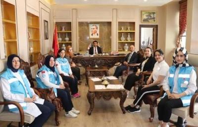 Tavşanlı'da, 5 sağlık personeli Türkiye birincisi seçildi