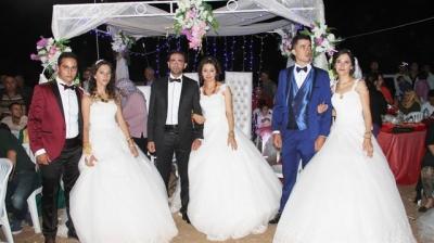 Üç kız kardeş aynı gün evlendi