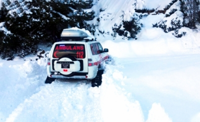 Uşak'ta paletli ambulans hastaların imdadına yetişti