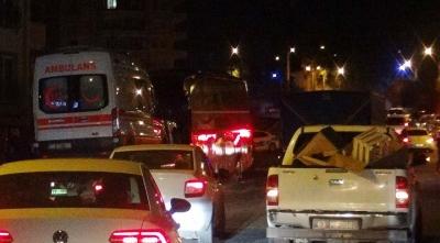 Yolcu otobüsü ile ambulans çarpıştı: 6 yaralı